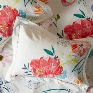Alicia Galer Sketched Petalwork King Pillow Shams